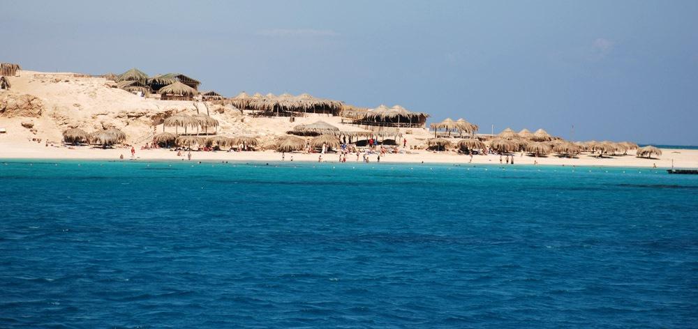 Paradise Island - wild island trip from Hurghada